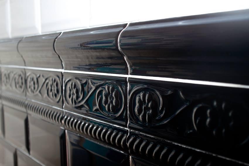 Bordüre Cevisa Metro Petalos Blanco glänzend 5x15 cm kaufen!